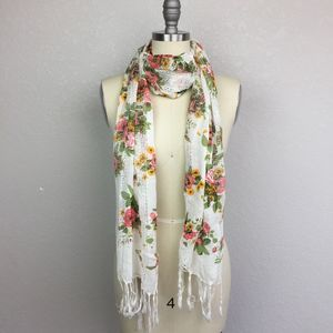 BNWT! • NEW YORK & CO • Floral Scarf